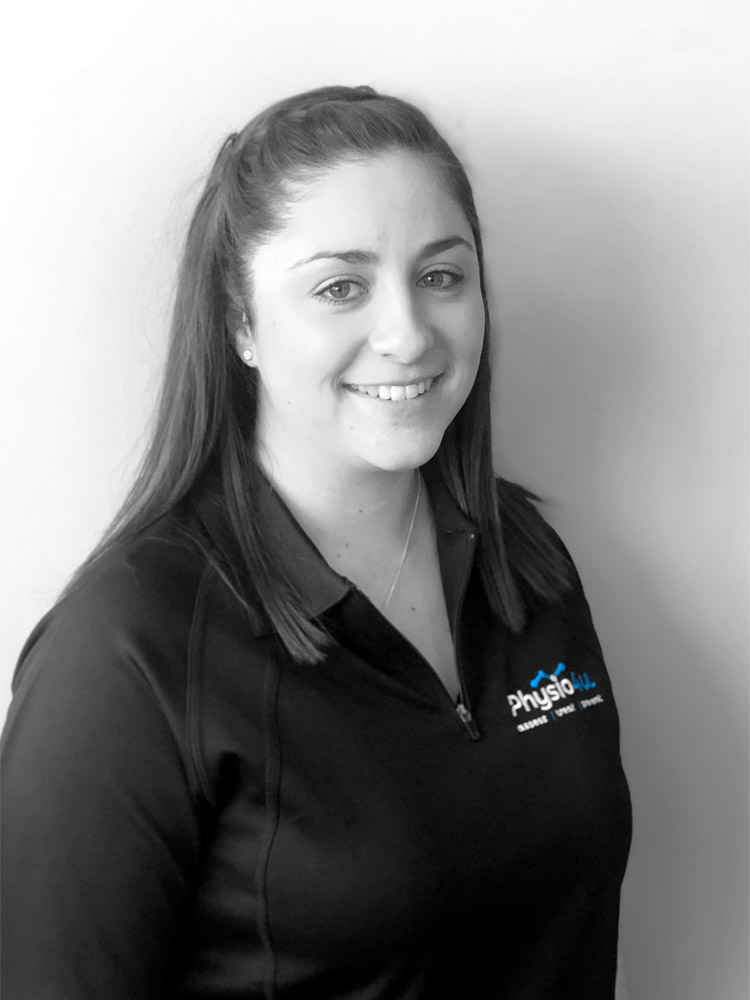 Headshot of Kayla Marshall, the principal physiotherapist at Physio4U.